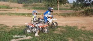 детский мотокросс - два брата